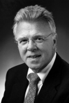 "Philip ""Phil"" S. Kaufmann, Esq. ('71)"