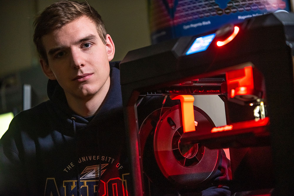 An engineering student at the University of Akron in our 3D lab