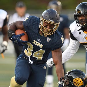Zips football player running