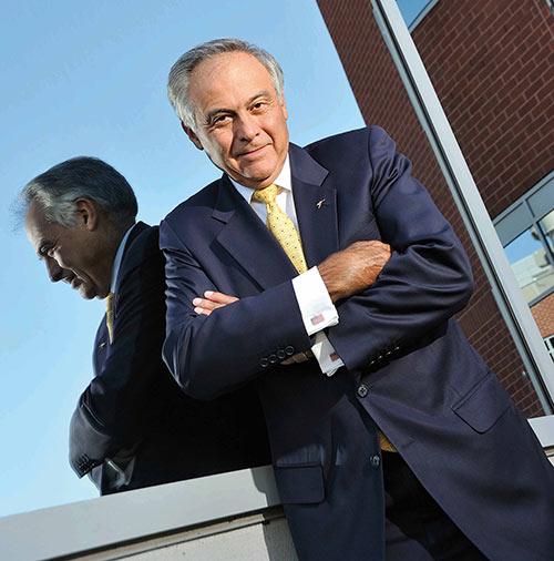 Dr. Luis M. Proenza