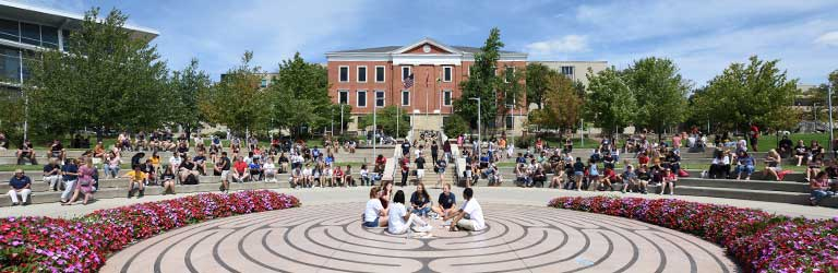 Students on Coleman Common on The University of Akron campus
